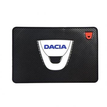 Коврик на торпеду с логотипом DACIA