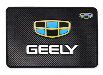 Коврик на торпеду с логотипом GEELY